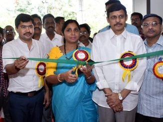 Kakinada Mayor and Joint Collector at National Handloom Expo-2018, Kakinada