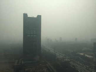 A view of The Westin hotel in Mumbai's Goregaon East, clouded by pollution. Credit: Swaraj Shetty/Citizen Matters